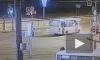 """На Большевиков лихач на """"Приоре"""" сбил пешеходов. Появилось видео момента аварии"""