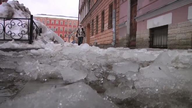 Очередная жертва сосульки: 15-летняя Алёна Бородина пострадала на 3-ей Советской