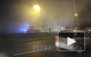На Дальневосточном проспекте загорелась автомойка