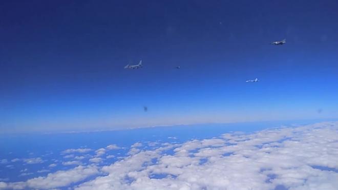 Российские Су-27 вылетали на перехват военных самолетов Франции над Черным морем