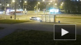 Видео: на Коллонтай мотоциклист врезался в бок трамвая