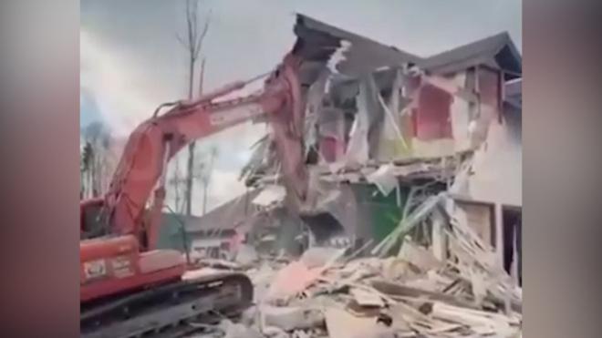 """Съемочную площадку """"Дома-2"""" снесли"""