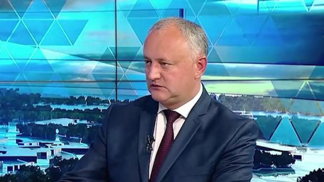 Додон высказался за сохранение специального статуса за русским языком в Молдавии