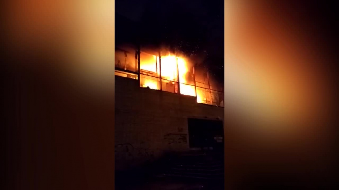 Пожар во мценске в магазине весна фото правило, натуральный