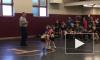 Видео: в США малыш пытался спасти сестру от соперника во время бойцовского поединка