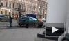 У театра Акимова внедорожник от удара выбросило на тротуар