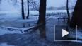 В Петербурге Нева вышла из берегов: вода подступает ...