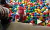Шарики, бассейн с шариками, прыгать, много шариков
