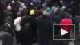 Появилось видео конфликта митингующих с полицией в Нальч...