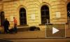 Видео: на Пироговской набережной перевернулся автомобиль