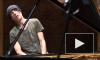 Умер страдавший редкой неизлечимой болезнью пианист Эцио Боссо