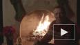 Видео: Кевин Спейси снова появился в образе Фрэнка ...