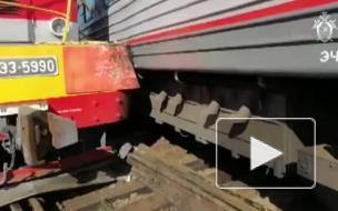 Опубликовано видео с места ЧП из Уфы, где сошли с рельсов 2 пассажирских вагона
