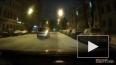 Видео: Из Карповки доставали рухнувшее туда авто