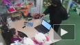 Видео: озверевший кавказец с пистолетом грабит магазин ...
