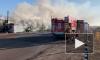 Очевидцы: на Левашовском шоссе загорелась бытовка