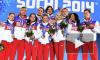 Церемония награждения фигуристов медалями Олимпиады в Сочи привела болельщиков в восторг