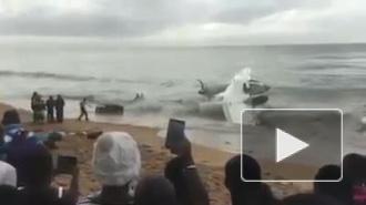 Четыре человека погибли при крушении самолета у Кот-д