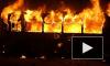 На Майдане в Киеве протестующие подожгли автобус и взяли в заложники бойца «Беркута»