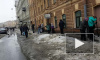 В Петербурге полным ходом идет уборка снега