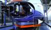 В Москве фура столкнулась с электричкой, пострадал помощник машиниста, задерживались поезда, все снимали на фото и видео