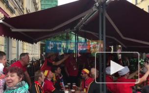 Бельгийские фанаты готовятся к матчу с Францией