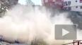 Опубликовано видео момента обрушения дома в Турции ...