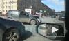 Авария собрала большую пробку на пересечении Говорова и Стачек