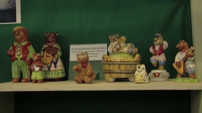 Русские Топтыгины собрались на выставке в музее кукол