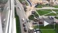 Видео: Рабочие трактором передвинули машину, закрывшую ...