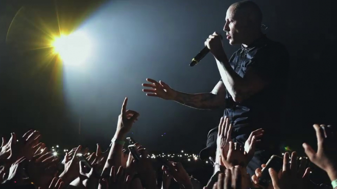 Linkin Park выпустили клип в память о Честере Беннингтоне