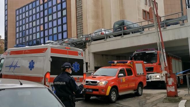 При взрыве у телерадиокомпании в Белграде погиб человек