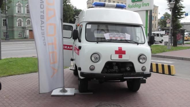 В Выборгском районе Петербурга женщина выпала из окна