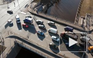 Средняя стоимость летнего комплекта шин в Петербурге составила 8 тысяч рублей