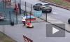 Видео: В Москве школьники катаются на лыжах по траве, а на Кубани дети тюбинги катают по асфальту