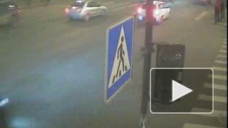 Врезался в зад. ДТП на Невском проспекте