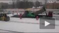 На Обуховской развязке асфальт укладывают прямо на снег