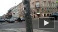 На улице Разъезжая неадекват кидался на машины