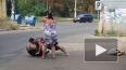 Появилось видео, как сильная одесская женщина избивает ...