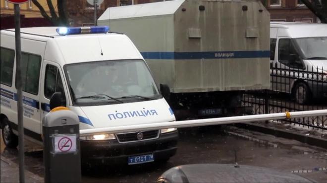 В Петербурге иностранцы лишились золотых сережек с сапфиром, билетов на паром в Швецию, банковских карт и денег