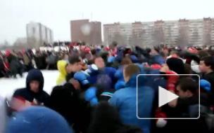 В парке Малиновка устроили массовую драку