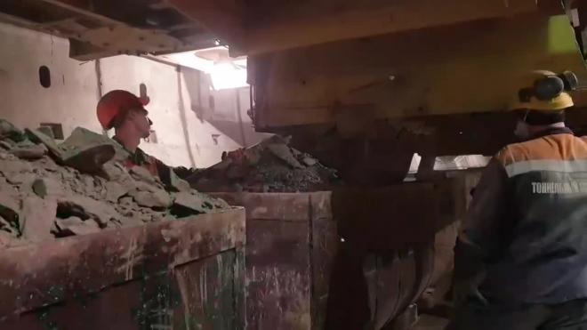 """В """"Метрострое"""" показали 4-тысячное кольцо тоннеля на """"коричневой"""" ветке"""