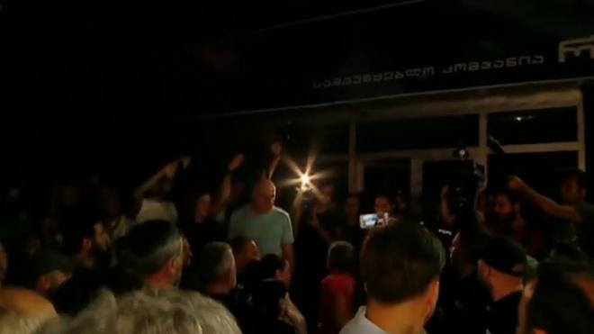 Грузинский оппозиционный телеканал Rustavi 2 возобновил вещание