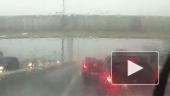 Безумный дождь и град на трассе