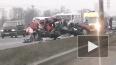 Renault разорвало на части после ДТП на Петербургском ...