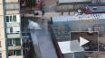 На проспекте Королёва прорвало трубу с холодной водой