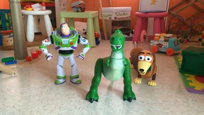 """Фанаты """"Истории игрушек 3"""" сняли кукольную версию мультфильма"""