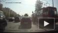 Видео: На Савушкина рабочего сбил трамвай