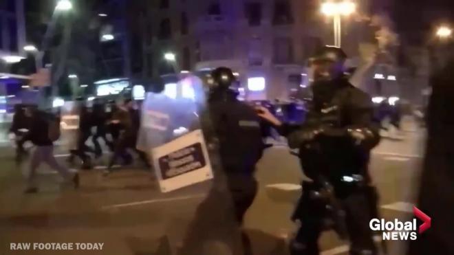 В Испании задержаны более 30 человек за участие в беспорядках