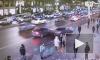 """На Невском проспекте """"Хендай"""" вылетел на тротуар после столкновения с """"БМВ"""""""